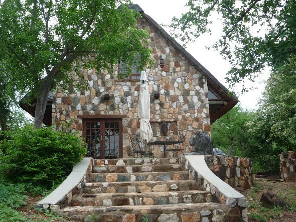 www.mfubu.com bio picture